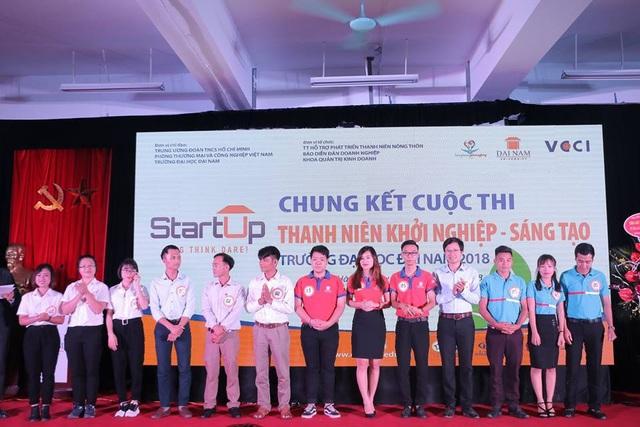 Các đội tham gia chung kết cuộc thi Thanh niên khởi nghiệp sáng tạo – ĐH Đại Nam 2018.