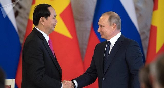 Chủ tịch nước Trần Đại Quang và Tổng thống Vladimir Putin trong chuyến thăm Liên bang Nga năm 2017 của Chủ tịch nước Trần Đại Quang (ảnh: Sputnik)