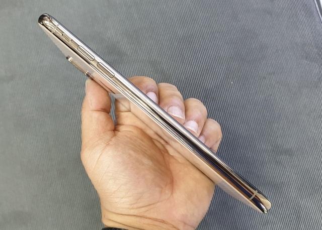 iPhone XS Max xách tay về Việt Nam trước thời điểm lên kệ, bán giá 79 triệu đồng - 8