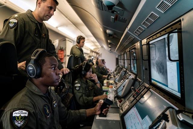 Camera từ máy bay trinh sát Mỹ đã phát hiện các hoạt động quân sự hóa trái phép của Trung Quốc trên Biển Đông (Ảnh: New York Times)