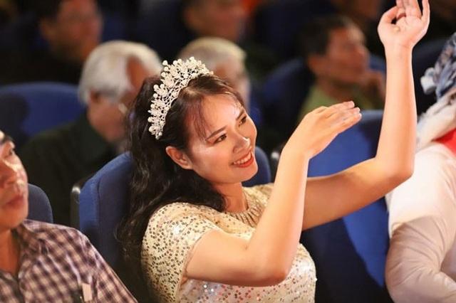 Nhà thơ Phạm Thị Ngọc Thanh - người đã thắp sáng ước mơ của bao mảnh đời bất hạnh.