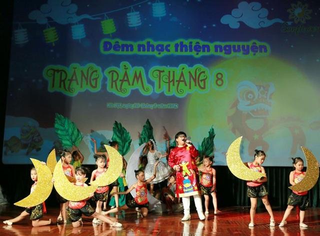 Thần đồng nhí Nguyễn Như Khôi và các bạn nhỏ.