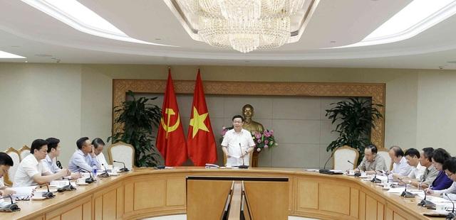 Phó Thủ tướng Vương Đình Huệ chủ trì cuộc họp Ban chỉ đạo của Chính phủ về xử lý các tồn tại, yếu kém đối với 12 dự án, doanh nghiệp chậm tiến độ, kém hiệu quả thuộc ngành công thương