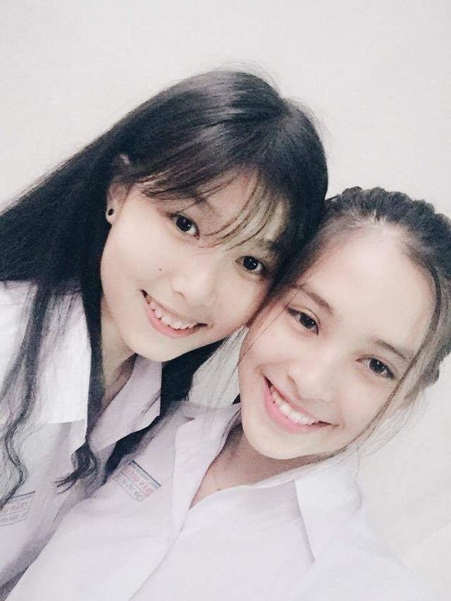 Tiết lộ hình ảnh thuở thơ ấu của Hoa hậu, Á hậu Việt Nam 2018 - 9
