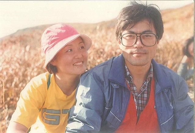 Ông Moon Jae-in và bà Kim Jung-sook thời trẻ (Ảnh: Reuters)