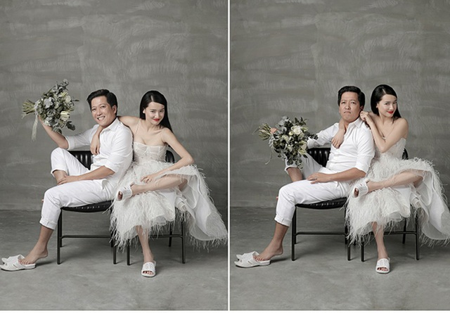 Trường Giang còn mang phong cách hài hước của diễn viên hài vào trong bộ ảnh của hai vợ chồng khi chọn đôi dép tông - dép mà Trường Giang thích mang nhất để có một tạo hình khác lạ, bất ngờ