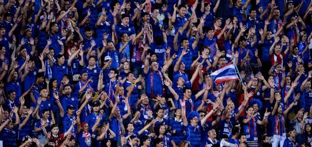 Bóng đá Thái Lan trỗi dậy ở cấp độ ĐTQG