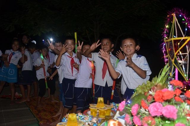 Các chương trình Trung thu đầy ý nghĩa thực sự đã mang lại niềm vui, niềm động viên tinh thần cho các em học sinh vùng khó khăn