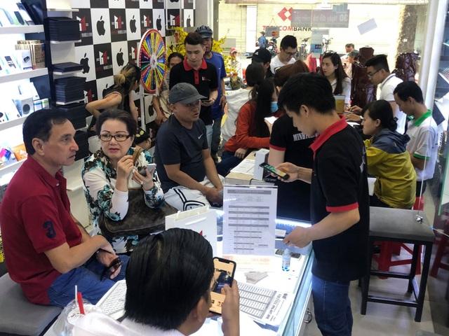 Sức mua iPhone XS Max đang tăng lại tại Việt Nam