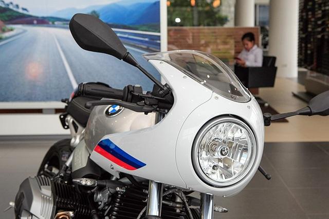 Giá bán bằng ôtô, BMW RnineT Racer có gì để thuyết phục người dùng Việt Nam? - 2