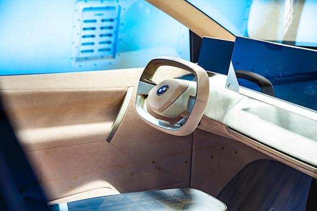 BMW giới thiệu mẫu crossover chạy điện tự lái Vision iNext - 2