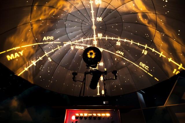 Những bài học thiên văn thu hút rất nhiều bạn nhỏ say mê khám phá