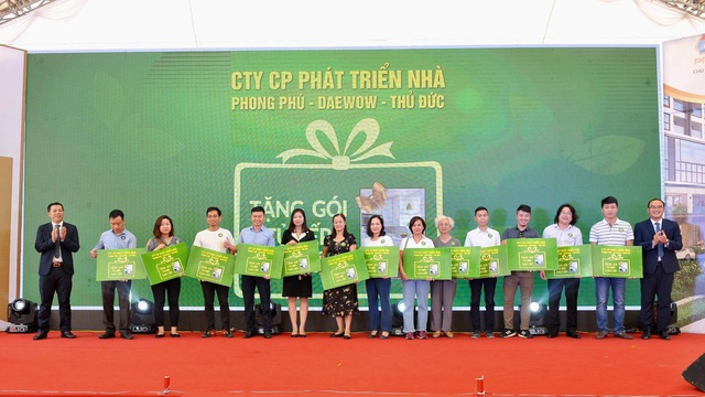 Chung cư Green Pearl 378 Minh Khai xây dựng vượt tiến độ, chính thức cất nóc vào ngày 23/9 - 2