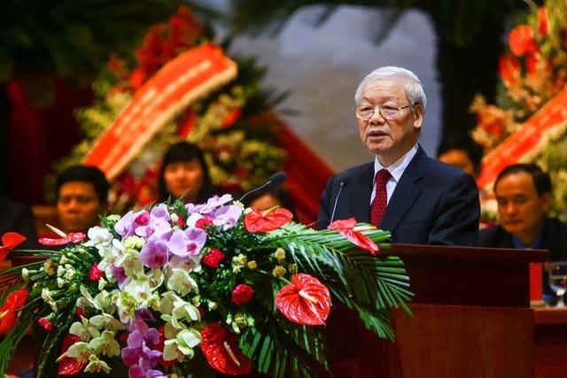 Tổng Bí thư Nguyễn Phú Trọng phát biểu chỉ đạo tại Phiên trọng thể Đại hội Công đoàn Việt Nam lần thứ XII nhiệm kỳ 2018 – 2023. Ảnh: Hải Nguyễn.