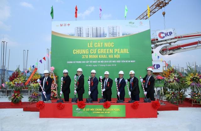 Chung cư Green Pearl 378 Minh Khai xây dựng vượt tiến độ, chính thức cất nóc vào ngày 23/9 - 3