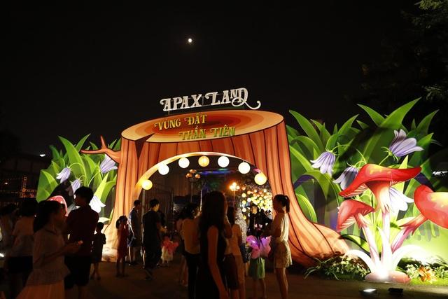 Apax Land là chương trình trung thu đặc biệt dành cho trẻ em năm nay.