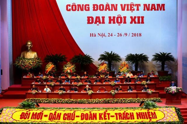 Phiên trọng thể Đại hội Công đoàn Việt Nam lần thứ XII sáng 25.9. Ảnh: Sơn Tùng.