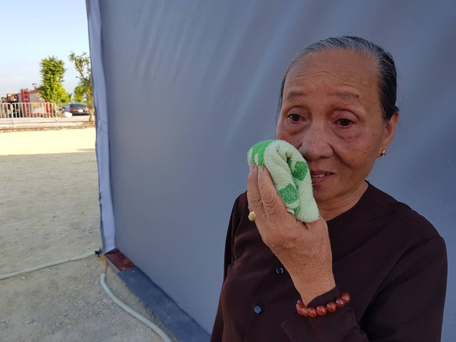 Bà Đỗ Thị Mơ (75 tuổi) gọi Chủ tịch nước bằng em theo vai họ hàng thông gia, khóc thương Chủ tịch nước.