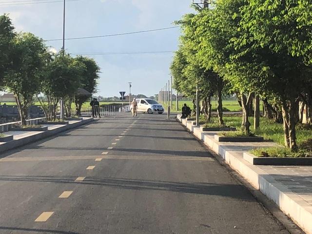 Lối vào khu an táng tại quê nhà Chủ tịch nước. (Ảnh: Đức Văn)