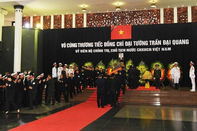 Toàn cảnh Lễ viếng Chủ tịch nước Trần Đại Quang - 11