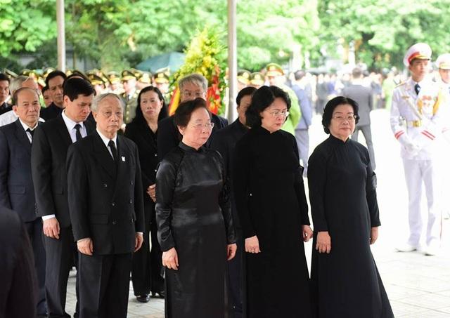Toàn cảnh Lễ viếng Chủ tịch nước Trần Đại Quang - 9