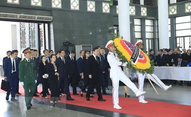 Thủ tướng Hàn Quốc Lee Nak-yeon viếng Chủ tịch nước Trần Đại Quang. (Nguồn: TTXVN)