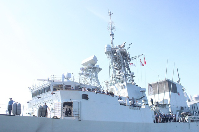 Đây là tàu khu trục lớp Halifax vừa hoàn thành chương trình hiện đại hóa toàn diện các tàu lớp Halifax của Hải quân Hoàng gia Canada