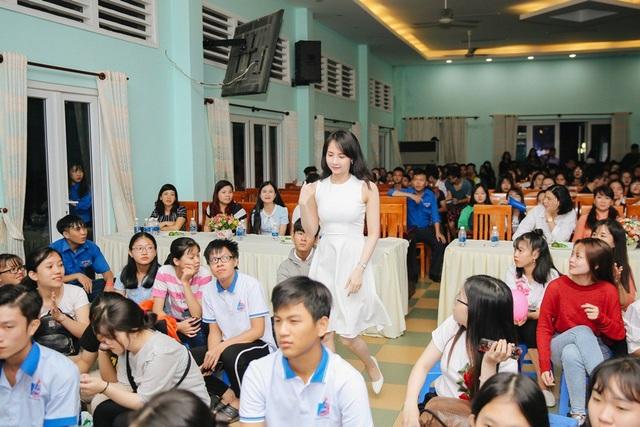 Từng là sinh viên Đại học Bách khoa và hiện đang theo học học cao học tại Đại học Kinh tế thành phố Hồ Chí Minh, Lucy Như Thảo đồng cảm với những sinh viên xa nhà gặp hoàn cảnh đặc biệt. Cô mong muốn, sẽ có nhiều chương trình ý nghĩa để góp phần tạo động lực cho sinh viên chinh phục giấc mơ giảng đường đại học.