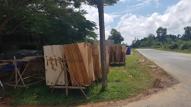 """Xưởng sản xuất gỗ """"3 không"""" mọc lên như nấm, chính quyền có làm ngơ? - 4"""