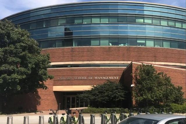 Trường Quản lý Carlson thuộc Đại học Minnesota (Mỹ). Ảnh: REUTERS