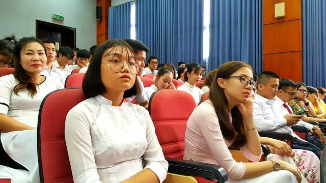 Năm học 2018 - 2019, hơn 700 tân sinh viên, học viên; trong đó hơn 100 sinh viên Y đa khoa, 100 SV Dược, 400 SV Y học cổ truyền và học viên sau đại học đã chính thức trở thành thành viên của Học viện Y Dược học Cổ truyền Việt Nam.