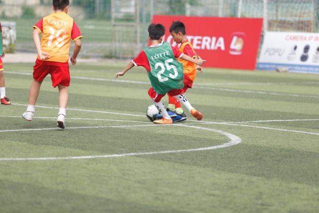Những nỗ lực hết mình cho niềm đam mê của các cầu thủ nhí Đà Nẵng