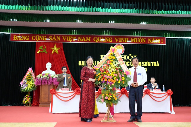 Bà Nguyễn Thị Sửu tái đắc cử Chủ ịch Quận hội nhiệm kỳ 2018 - 2023