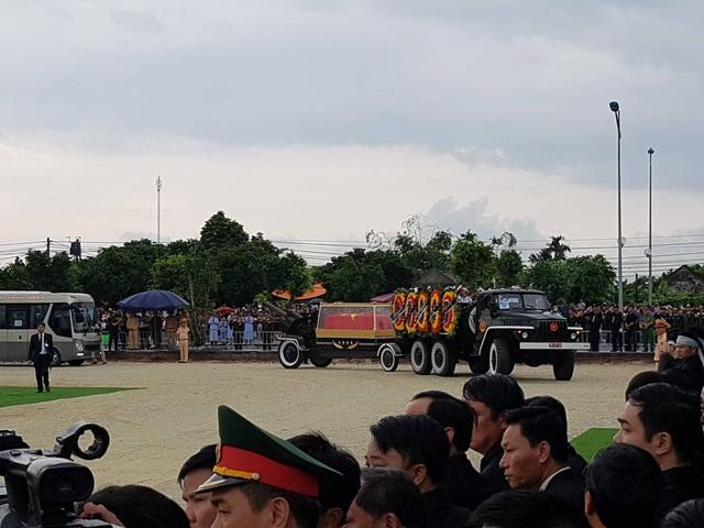 Chủ tịch nước Trần Đại Quang đã an nghỉ tại quê nhà - 33