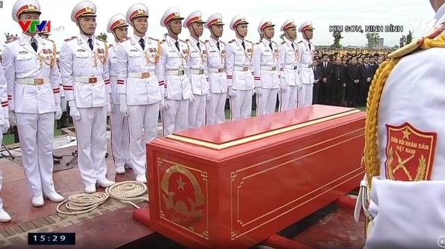 Chủ tịch nước Trần Đại Quang đã an nghỉ tại quê nhà - 11