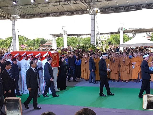 Chủ tịch nước Trần Đại Quang đã an nghỉ tại quê nhà - 34