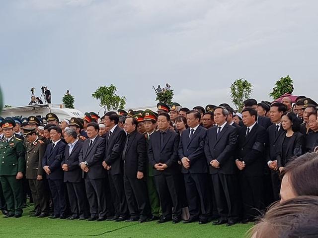 Chủ tịch nước Trần Đại Quang đã an nghỉ tại quê nhà - 16