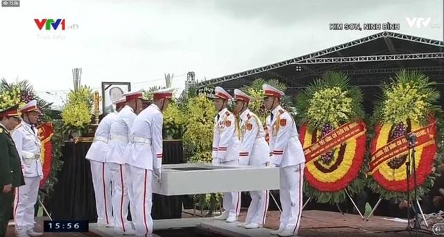Chủ tịch nước Trần Đại Quang đã an nghỉ tại quê nhà - 4