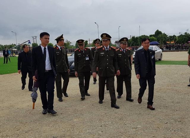 Bộ trưởng Bộ Công an Tô Lâm về Ninh Bình dự lễ an táng Chủ tịch nước Trần Đại Quang.