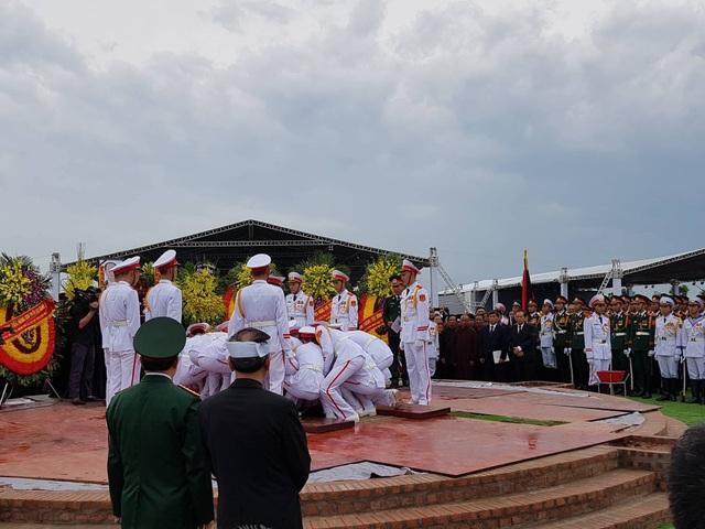 Chủ tịch nước Trần Đại Quang đã an nghỉ tại quê nhà - 13