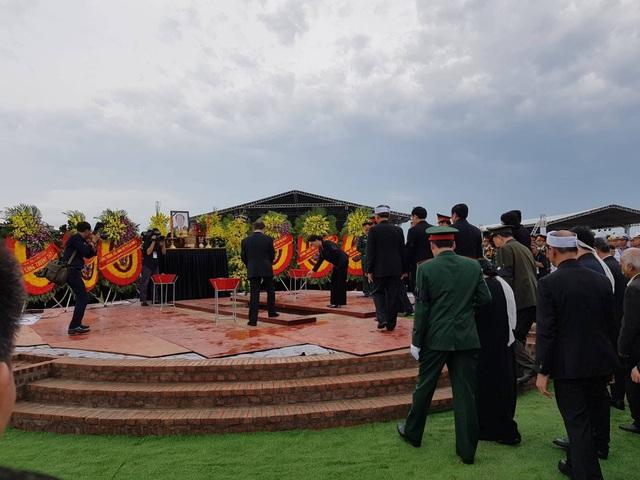 Chủ tịch nước Trần Đại Quang đã an nghỉ tại quê nhà - 6