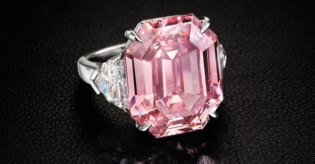 Viên kim cương 18,95 carat màu hồng lấp lánh có tên The Pink Legacy. (Nguồn: Christies Images LTD. 2018)
