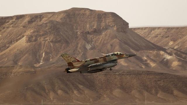 Một máy bay F-16 của Israel (Ảnh: Reuters)