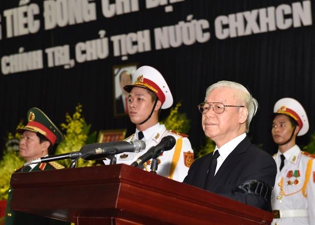 Tổng Bí thư Nguyễn Phú Trọng - Trưởng Ban lễ tang đọc điếu văn trong lễ truy điệu Chủ tịch nước Trần Đại Quang (ảnh: VGP)