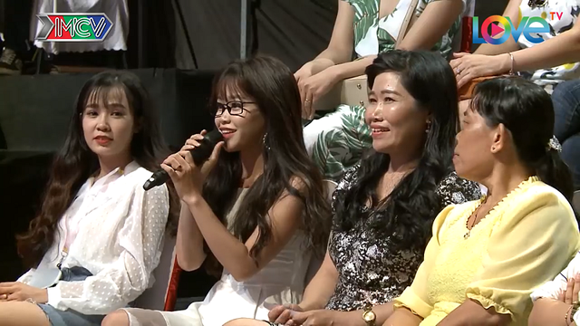 2 cô em gái xinh đẹp tại chương trình