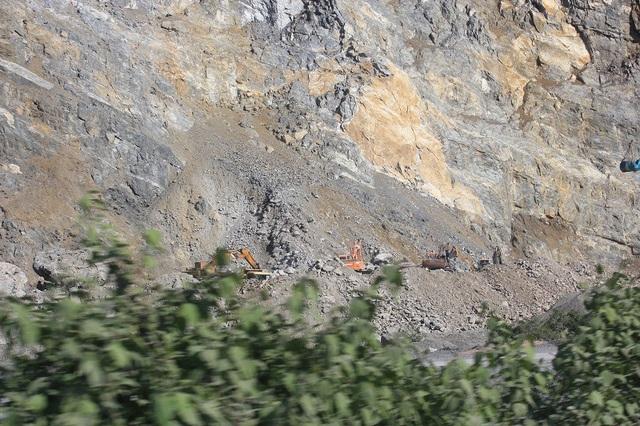 Hiện tại xã Trường Xuân có 4 mỏ đá đang hoạt động.
