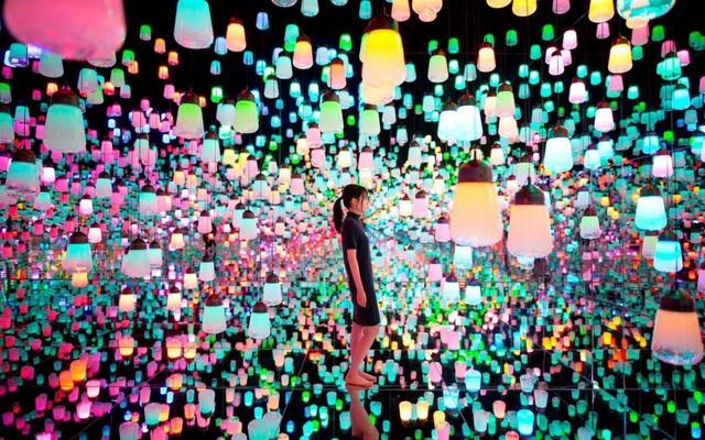 """Lạc vào """"cõi mơ"""" ở bảo tàng kỹ thuật số đầu tiên trên thế giới tại Nhật Bản - 3"""