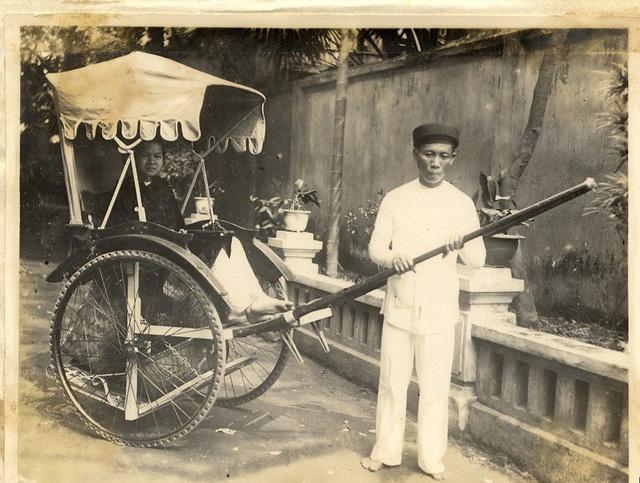 Phu xe ở Hà Nội. Ảnh: Trung tâm Lưu trữ quốc gia I.