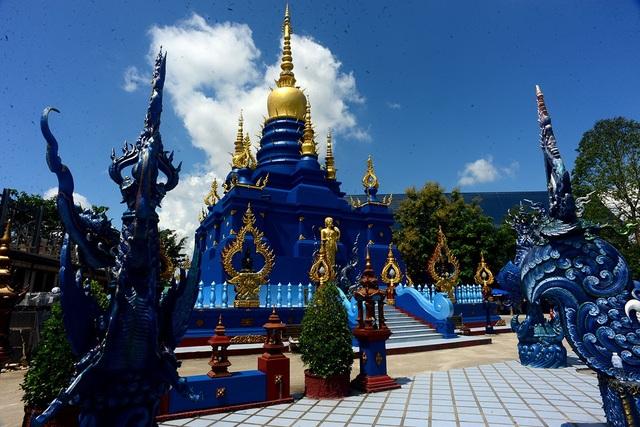 Các họa tiết, kiến trúc ngôi chùa được thiết kế tinh xảo là điểm nhấn nổi bật.