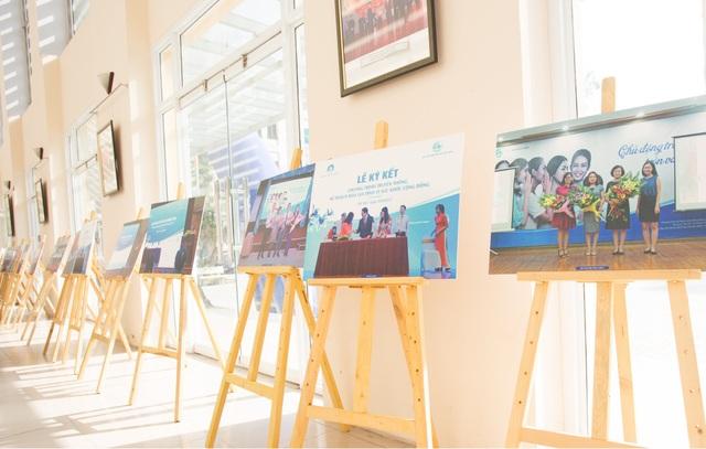 """Triển lãm ảnh đa dạng các hoạt động đã được triển khai trong chương trình """"Truyền thông kế hoạch hóa gia đình"""" năm vừa qua"""